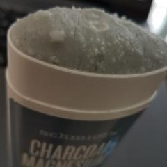 Schmidt's Naturals, Natural Deodorant, Charcoal + Magnesium, 3.25 oz (92 g) - customer photo 7